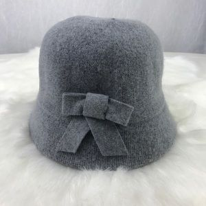 🔥NEW🔥 Light gray cloche bucket hat